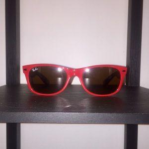 Ray-Ban New Wayfarer Sunglasses in Red/Tortoise